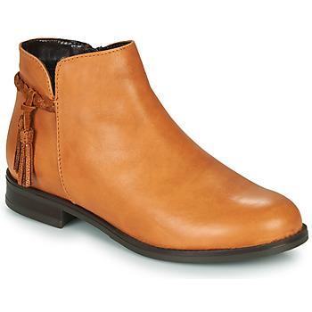 kengät Naiset Bootsit André MILOU Camel