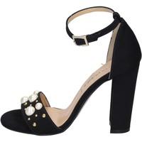 kengät Naiset Sandaalit ja avokkaat Olga Rubini sandali camoscio sintetico borchie Nero