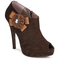 kengät Naiset Nilkkurit Fericelli ASSETE Brown