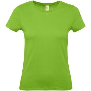 vaatteet Naiset Lyhythihainen t-paita B And C E150 Orchid Green