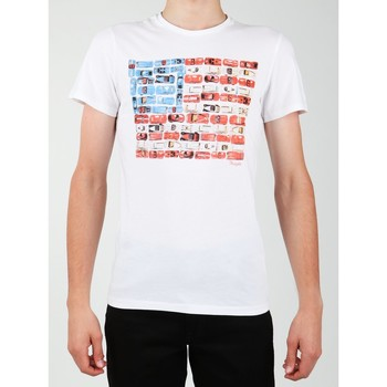 vaatteet Miehet Lyhythihainen t-paita Wrangler S/S Modern Flag Tee W7A45FK12 white
