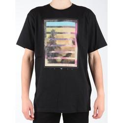 vaatteet Miehet Lyhythihainen t-paita Quiksilver EQYZT00013-KVJ0 black