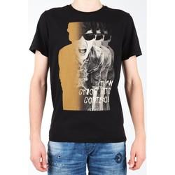 vaatteet Miehet Lyhythihainen t-paita Lee Photo Tee Black L60BAI01 black