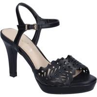 kengät Naiset Sandaalit ja avokkaat Ikaros BN477 Musta