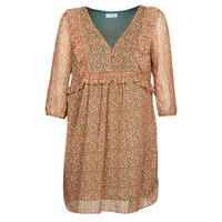 vaatteet Naiset Lyhyt mekko Betty London MOUTI Monivärinen
