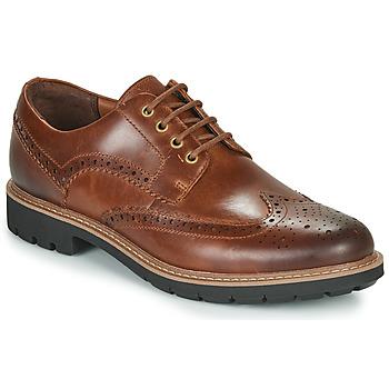 kengät Miehet Derby-kengät Clarks BATCOMBE WING Camel