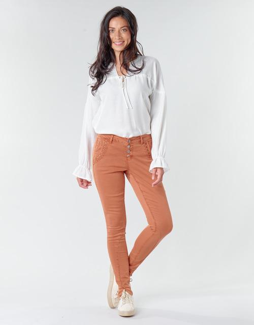 vaatteet Naiset 5-taskuiset housut Cream HOLLY CR TWILL Brown