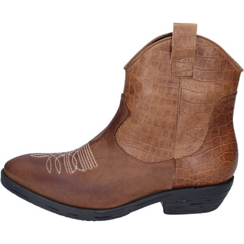 kengät Naiset Nilkkurit Impicci Nilkkasaappaat BM181 Ruskea