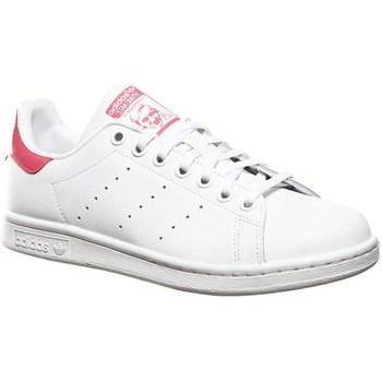 kengät Lapset Matalavartiset tennarit adidas Originals Stan Smith J Valkoiset