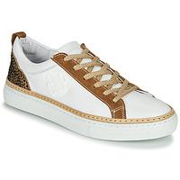 kengät Naiset Matalavartiset tennarit Philippe Morvan CORK V1 NAPPA BLANC Valkoinen / Kamelinruskea