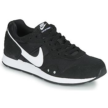 kengät Naiset Matalavartiset tennarit Nike VENTURE RUNNER Musta / Valkoinen