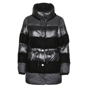 vaatteet Naiset Toppatakki Emporio Armani 6H2B80 Musta