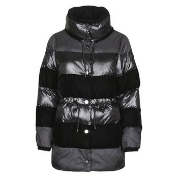 vaatteet Naiset Toppatakki Emporio Armani 6H2B80 Black