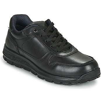 kengät Naiset Matalavartiset tennarit Casual Attitude NABEILLE Black