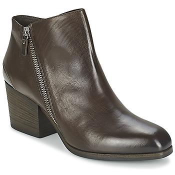 kengät Naiset Nilkkurit Vic ASSINOU Brown