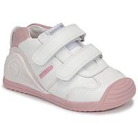 kengät Tytöt Matalavartiset tennarit Biomecanics BIOGATEO SPORT White / Pink
