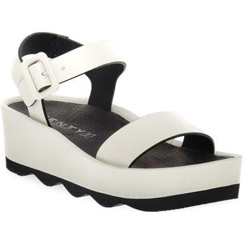 kengät Naiset Sandaalit ja avokkaat Vienty RUBI HIELO Bianco