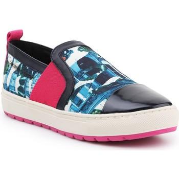 kengät Naiset Tennarit Geox D Breeda A D642QA-0AN54-C3B4P Multicolor