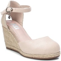 kengät Naiset Sandaalit ja avokkaat Xti 49730 BEIGE Beige