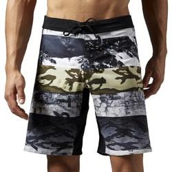vaatteet Miehet Shortsit / Bermuda-shortsit Reebok Sport One Series Sublimated Valkoiset,Harmaat,Grafiitin väriset