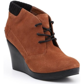 kengät Naiset Nilkkurit Lacoste Leren 7-26SRW4204013 brown