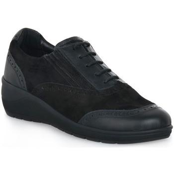 kengät Naiset Matalavartiset tennarit Grunland NERO DAPE Nero