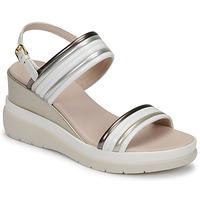 kengät Naiset Sandaalit ja avokkaat Lumberjack ELAINE Valkoinen / Beige
