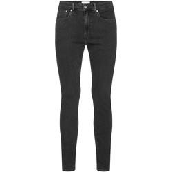 vaatteet Miehet Farkut Calvin Klein Jeans J30J315571 Harmaa