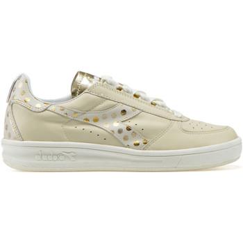 kengät Naiset Matalavartiset tennarit Diadora 201.172.785 Beige