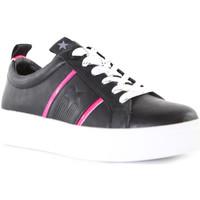 kengät Naiset Matalavartiset tennarit Wrangler WL01600A Musta