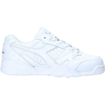 kengät Miehet Matalavartiset tennarit Diadora 501175732 Valkoinen