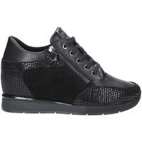 kengät Naiset Matalavartiset tennarit Stonefly 212431 Musta