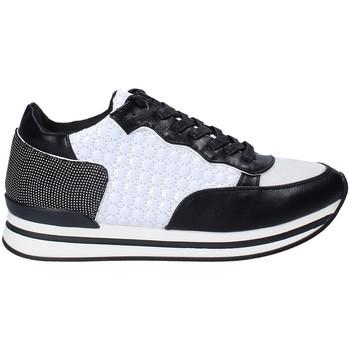 kengät Naiset Matalavartiset tennarit Fornarina PI18SK1123P000 Musta