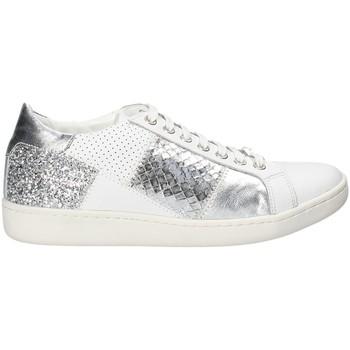 kengät Naiset Matalavartiset tennarit Keys 5531 Valkoinen