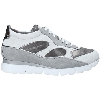 kengät Naiset Matalavartiset tennarit The Flexx B172_43 Harmaa