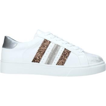 kengät Naiset Matalavartiset tennarit Gold&gold A20 GA432 Valkoinen