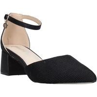 kengät Naiset Korkokengät Gold&gold A20 GD181 Musta