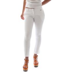 vaatteet Naiset Chino-housut / Porkkanahousut Animagemella 16PE003 Valkoinen