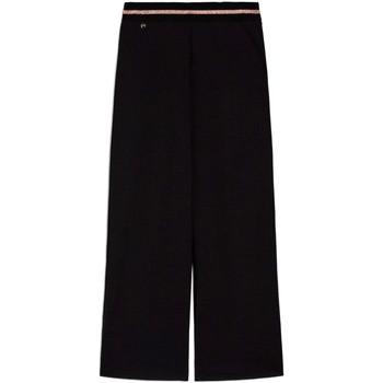 vaatteet Naiset Väljät housut / Haaremihousut NeroGiardini E060060D Musta