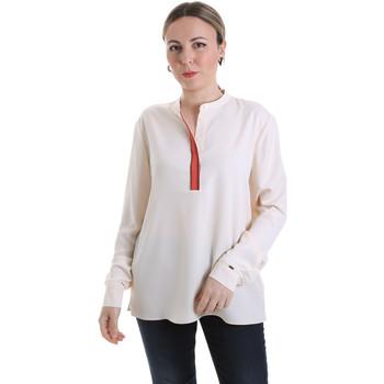 vaatteet Naiset Topit / Puserot Calvin Klein Jeans K20K201722 Beige