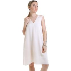 vaatteet Naiset Lyhyt mekko Calvin Klein Jeans K20K202022 Beige