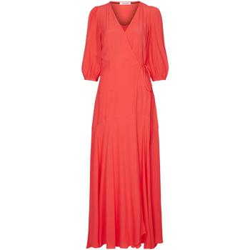 vaatteet Naiset Pitkä mekko Calvin Klein Jeans K20K201955 Punainen