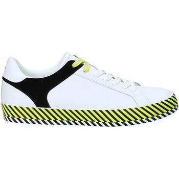 kengät Miehet Matalavartiset tennarit Byblos Blu 2MA0004 LE9999 Valkoinen