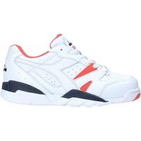 kengät Naiset Matalavartiset tennarit Diadora 501175732 Valkoinen