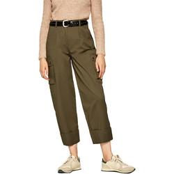 vaatteet Naiset Reisitaskuhousut Pepe jeans PL211354 Vihreä