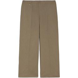 vaatteet Naiset Väljät housut / Haaremihousut NeroGiardini E060151D Vihreä