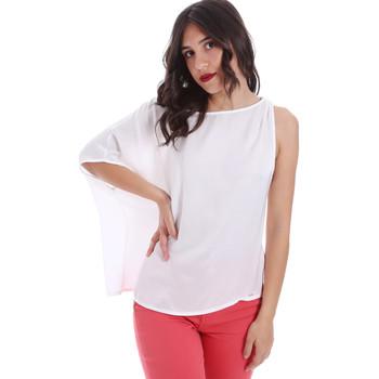 vaatteet Naiset Topit / Puserot Gaudi 011FD45057 Valkoinen