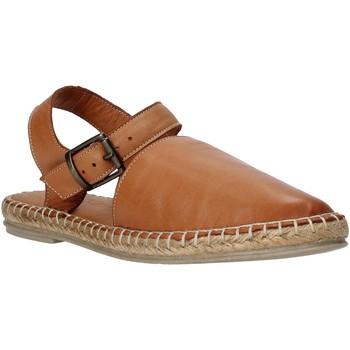 kengät Naiset Sandaalit ja avokkaat Bueno Shoes 9J322 Ruskea