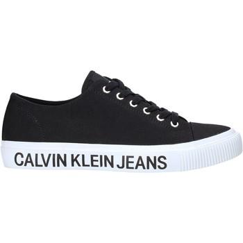 kengät Miehet Matalavartiset tennarit Calvin Klein Jeans B4S0112X Musta
