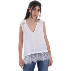 vaatteet Naiset Topit / Puserot Gaudi 011FD45055 Valkoinen